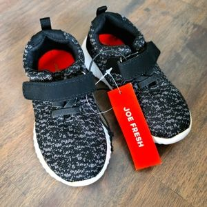 NWT Joe Fresh toddler sneakers